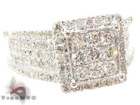 Fabulous Ring 3 Anniversary/Fashion