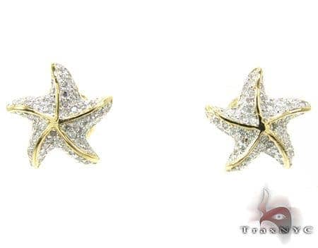 YG Starfish Earrings 3 Stone