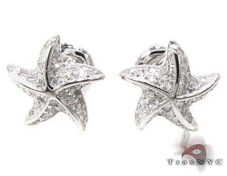 WG Starfish Earrings 2 Stone