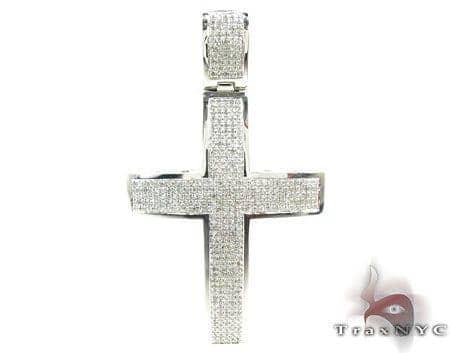 White Gold Diamond Cross 17763 Diamond