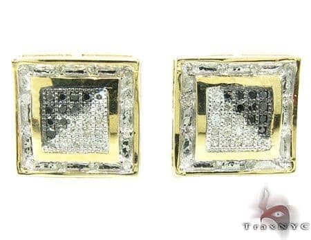 Yellow Gold Black & White NYC Earrings Stone