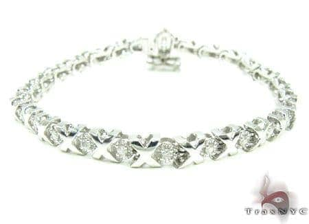 White Gold XO Bracelet Diamond