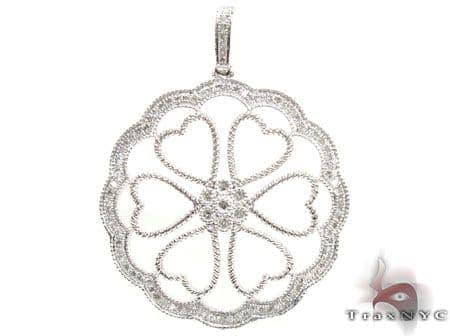 White Gold Heart Flower Pendant Stone