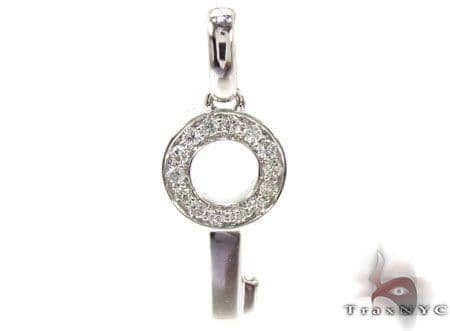 Ladies Diamond Mini Circle Key Pendant 20778 Style