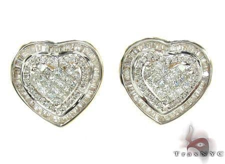 Ladies Yellow Gold Diamond Heart Stud Earrings 20892 Style