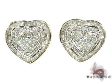 Ladies Yellow Gold Diamond Heart Stud Earrings 20892 Style