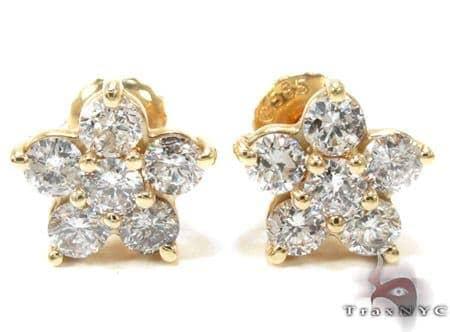 Ladies Yellow Gold Diamond Flower Earrings 21055 Stone