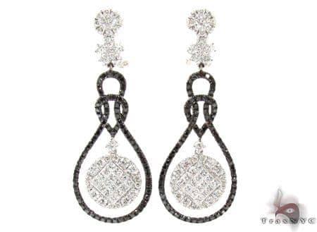 Ladies Two Color Diamond Earrings 21136 Stone