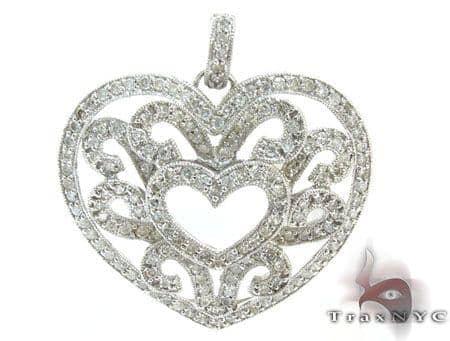White Gold Heart Diamond Pendant Stone