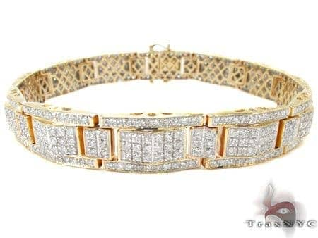 Yellow Gold Round Cut Prong Diamond Bracelet Diamond