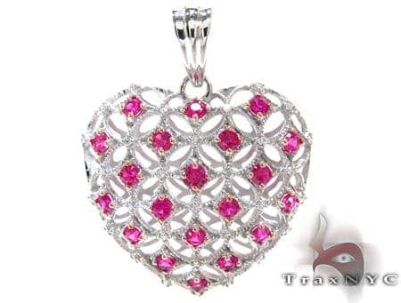 White Gold Round Cut Pink & White Diamond Heart Pendant Stone