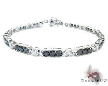 White Gold Round Cut Prong Diamond Bracelet Diamond