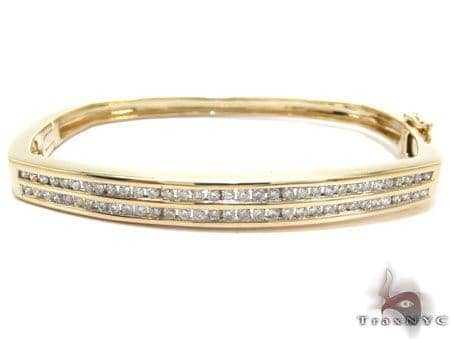 Yellow Gold Round Cut Channel Diamond Bangle Bracelet Bangle