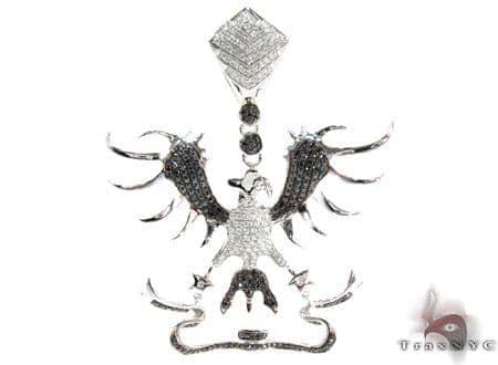 White Gold Round Cut Prong Bezel Diamond Pendant Metal