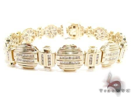 Yellow Gold Baguette Cut Round Diamond Bracelet Diamond