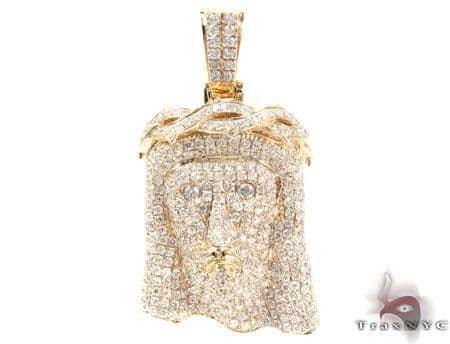 Crown of Thorns Jesus Yellow Gold Diamond Pendant Style