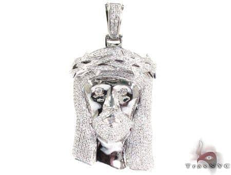 Crown of Thorns Jesus White Gold Diamond Pendant Style