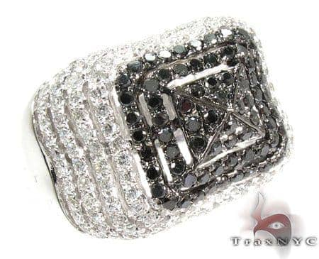 Castle Moat Diamond with White Gold Ring Anniversary/Fashion