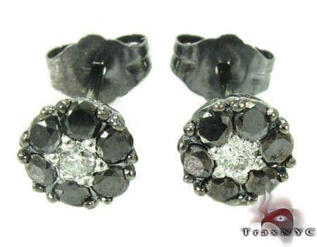 Cluster Two Color Diamond Stud Earrings Stone