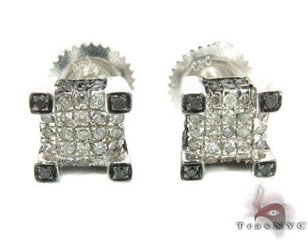 Silver Diamond Stud Earrings 28112 Metal