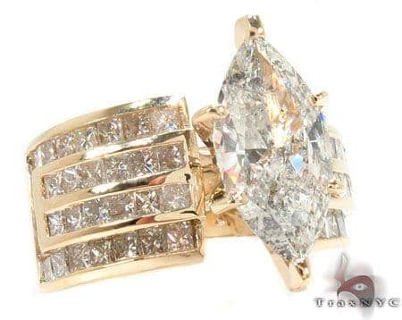 14K Yellow Gold Marquise Cut Diamond Ring Engagement