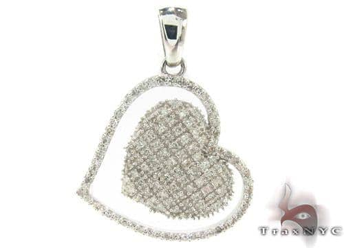 Prong Diamond Heart Pendant 33742 Style