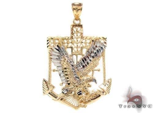 Men's Gold Pendants