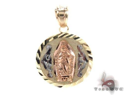 10K Gold Pendant 34786 Metal