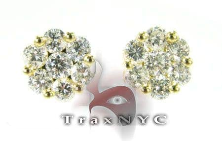 Gold Round Cut Earrings Style