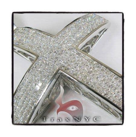 Invisible XL Elevated Princess Cross Diamond