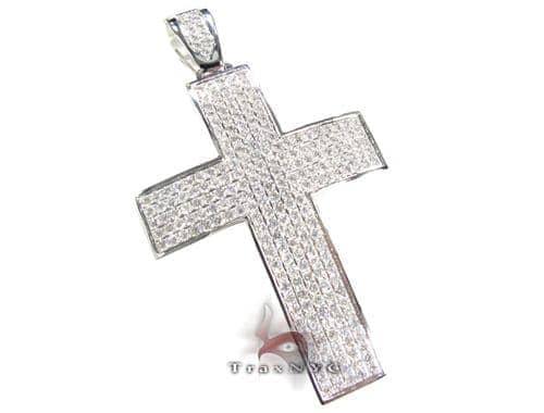 Round Cut Cross Diamond