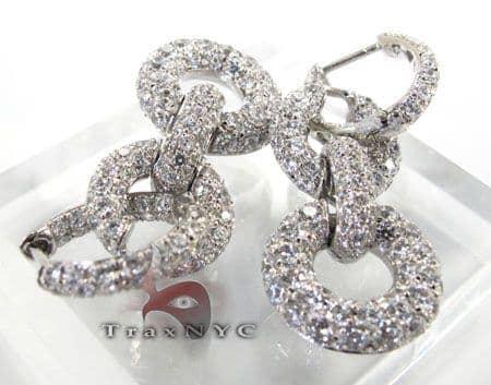 Shackle Earrings Stone