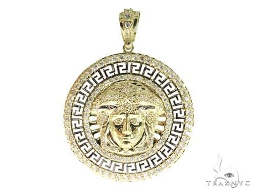 Medusa Gold Pendant 49733 Metal
