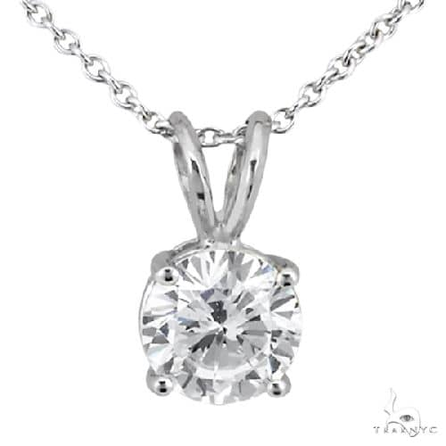 Round Diamond Solitaire Pendant in Platinum H, VS2 Stone