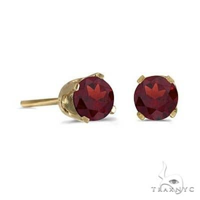 Round Garnet Studs Earrings in 14k Yellow Gold Stone