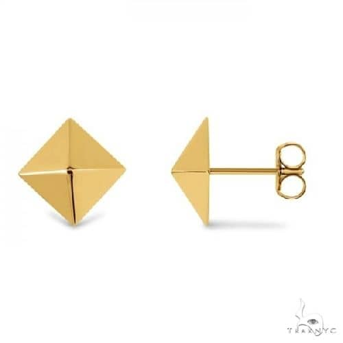 3 Dimensional Pyramid Stud Earrings in Solid 14k Yellow Gold Metal