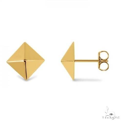 3 Dimensional Pyramid Stud Earrings in Solid 14k Yellow Gold Metal