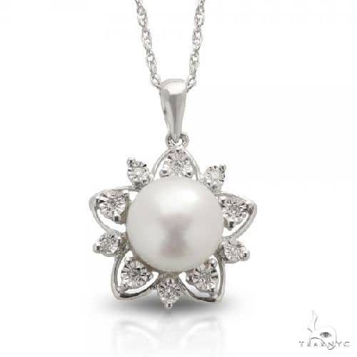 Freshwater Pearl and Diamond Flower Necklace Sterling Silver 9-9.5mm Stone