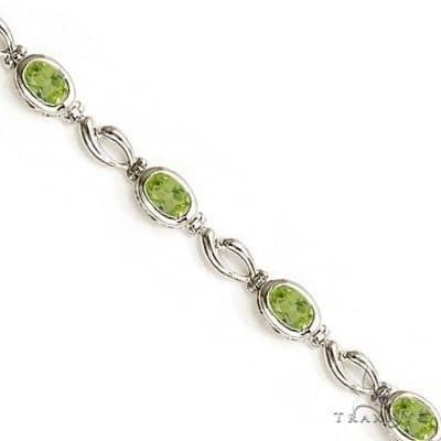 Bezel-Set Oval Peridot Link Bracelet in 14K White Gold (6x4mm) Gemstone & Pearl