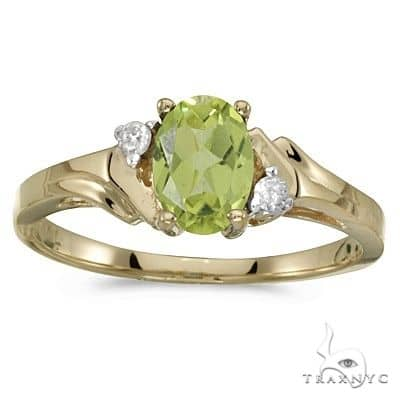 Oval Peridot and Diamond Ring in 14K Yellow Gold Anniversary/Fashion
