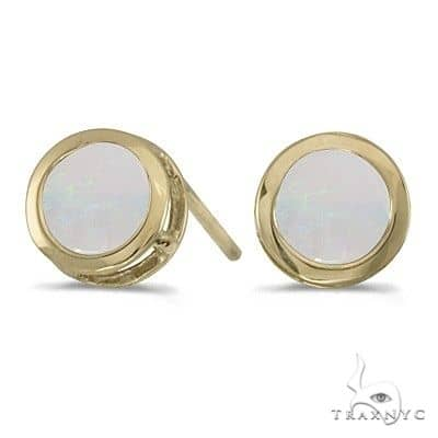 Bezel-Set Round Opal Stud Earrings 14k Yellow Gold Stone