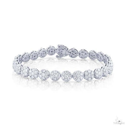 18k White Gold Diamond Cluster Ladys Bracelet Diamond
