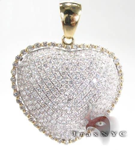 YG Heart Pendant Stone