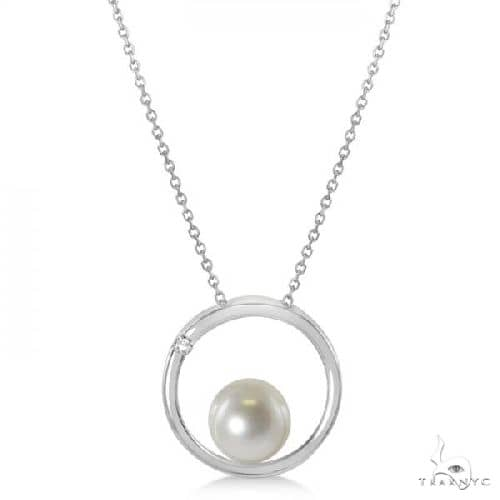 Cultured Freshwater Pearl and Diamond Circle Pendant 14K W. Gold 8-8.5mm Stone