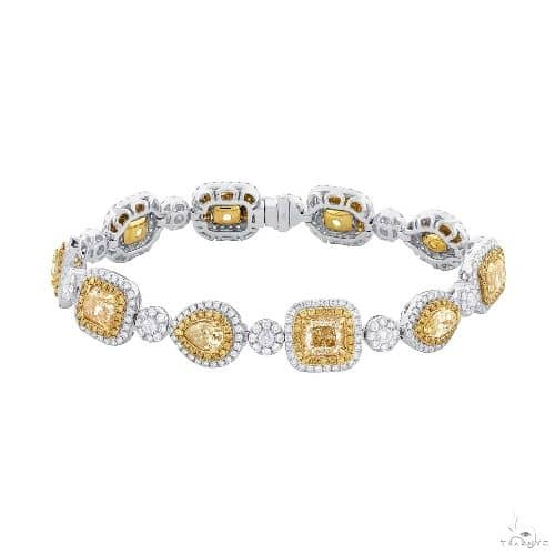 11.50ct Centers and 4.55ct Side 18k Two-tone Gold Natural Yellow Diamond Bracelet Diamond