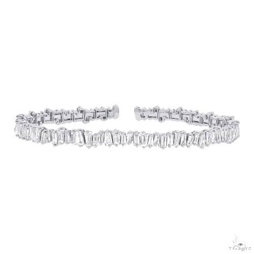 14k White Gold Diamond Baguette Bangle Diamond