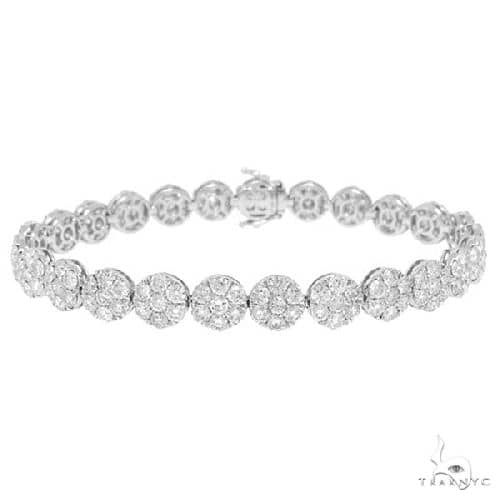 18k White Gold Diamond Cluster Ladys Bracelet Diamond