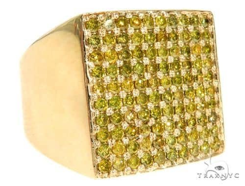 14K Yellow Gold Green Diamond Square Ring 61507 Stone