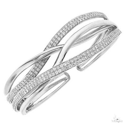 14k White Gold Diamond Bangle Diamond