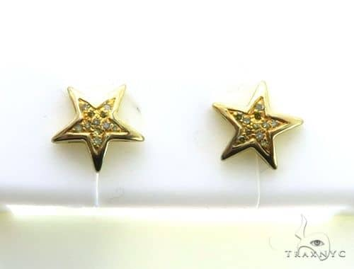 10K Yellow Gold Micro Pave Star Diamond Earrings. 63194 Stone